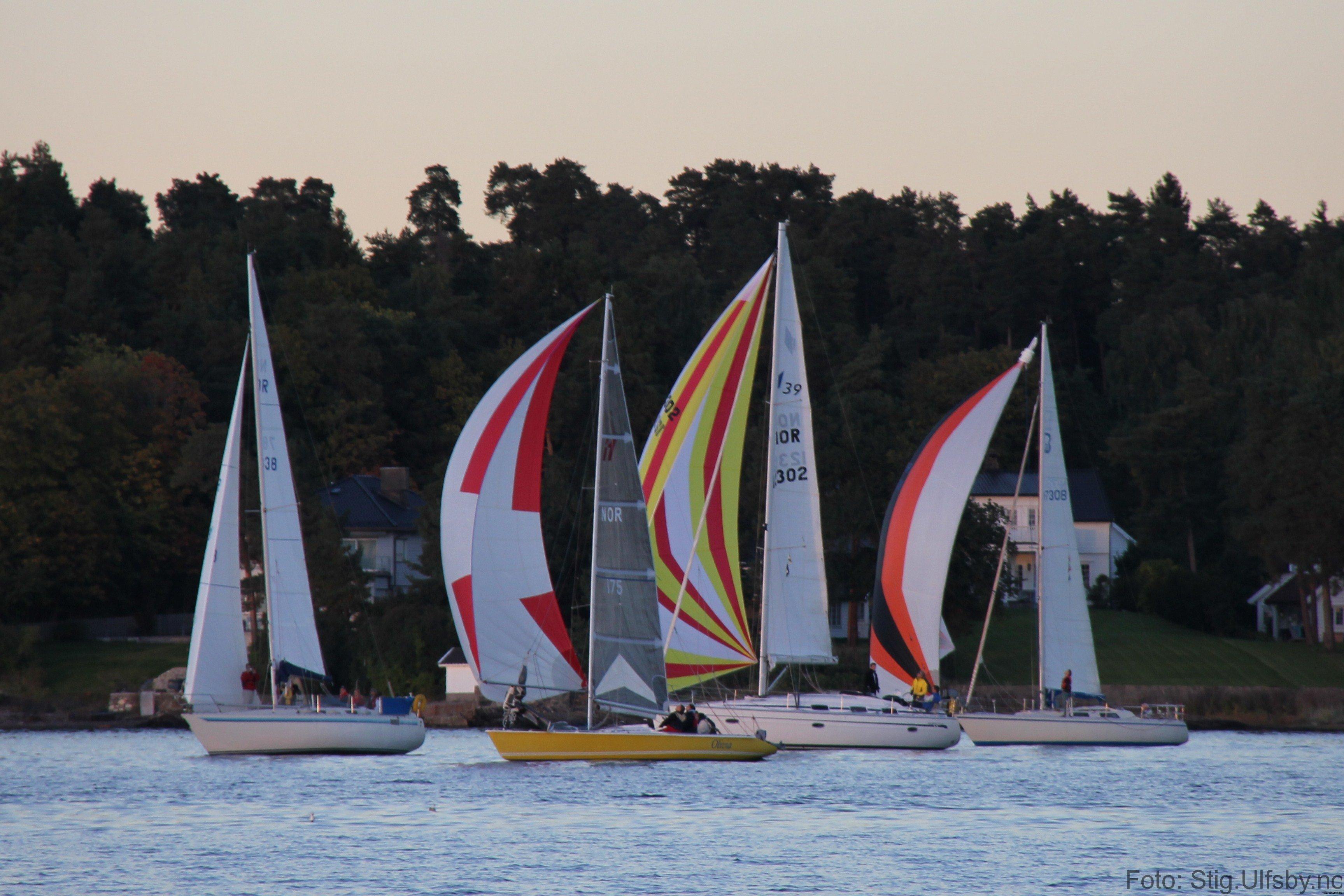 Fire båter