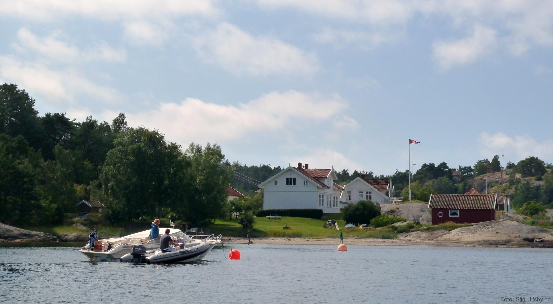 Buvika i Gravningsund, Søndre Sandøy, Hvaler juli 2010