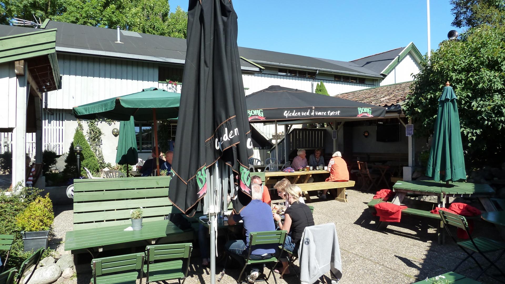 Café Oline, Nedgården på Søndre Sandøy, Hvaler juli 2010