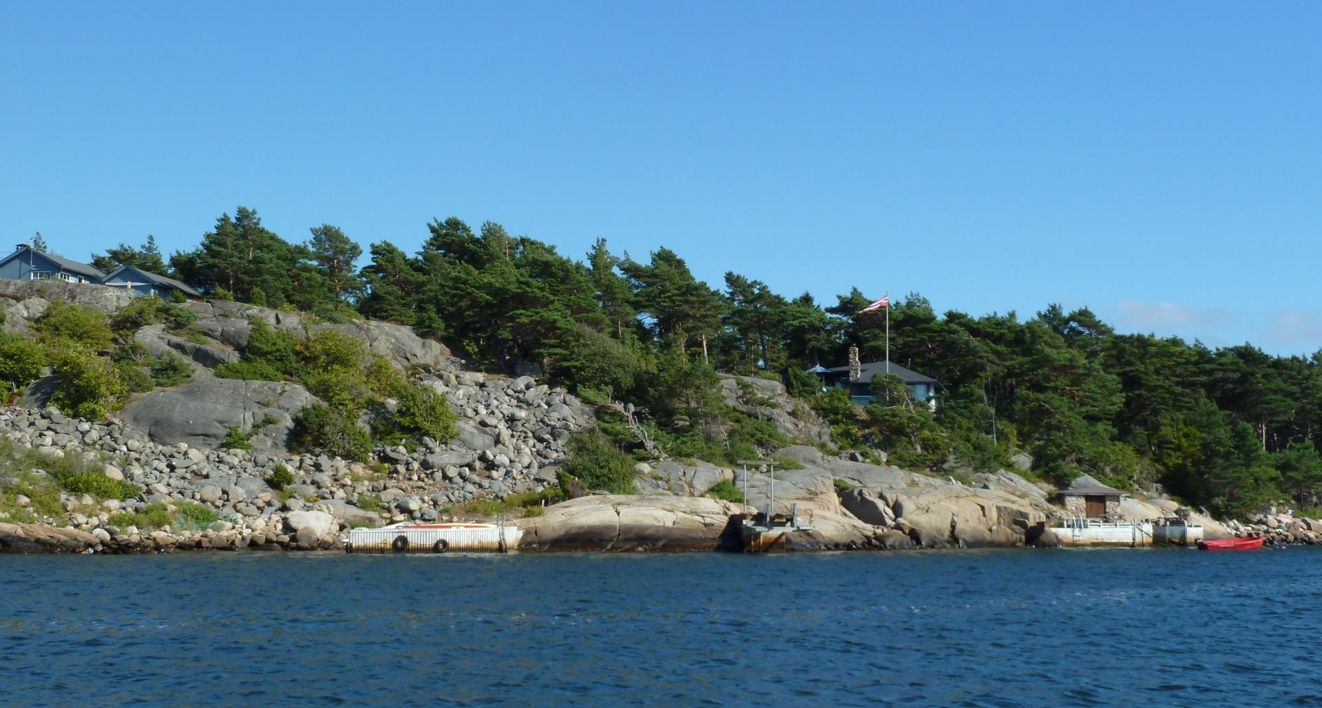 Sauholmen på Søndre Sandøy, Hvaler juli 2010