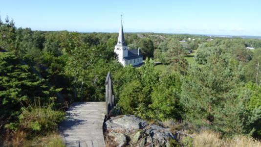 Sveriges vestligste kirke, Syd-Koster